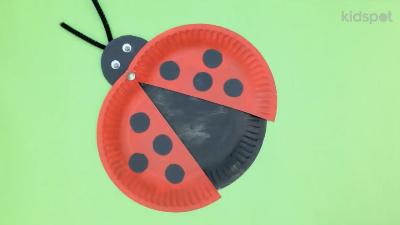 sc 1 st  Kidspot & Make a paper plate ladybird - Kidspot