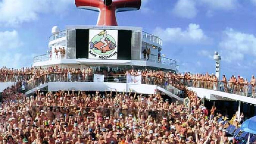 boat party matures on Nude