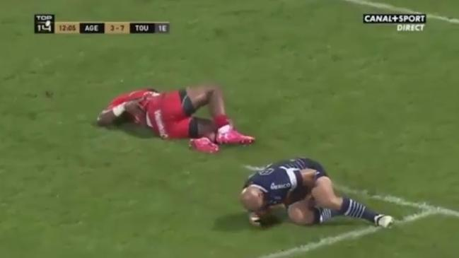 Radradra kicks opponent in privates after cheap shot