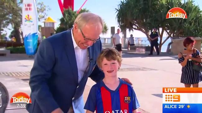 Peter Beattie confuses Barcelona jersey with Newcastle Knights on Today